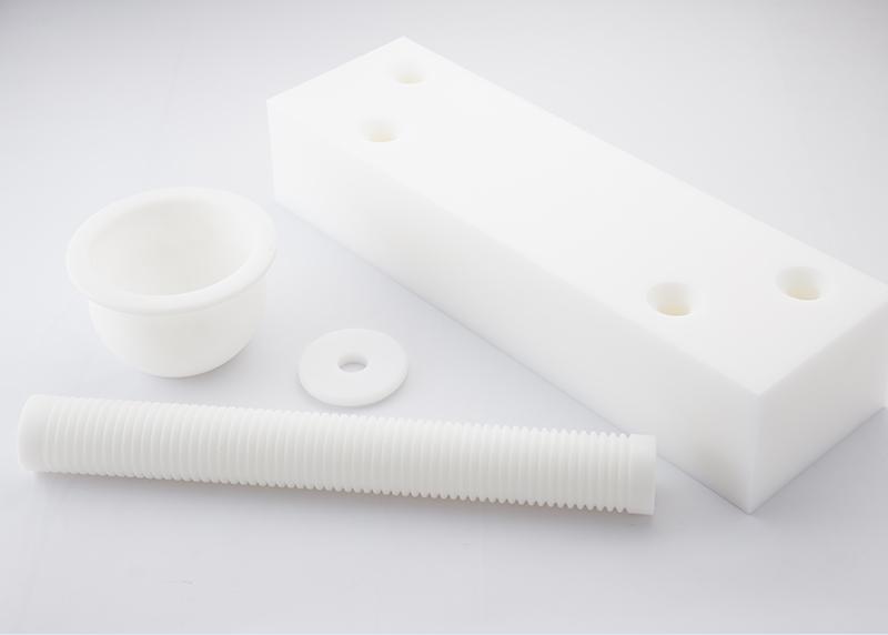 プラスチック成型・機械加工